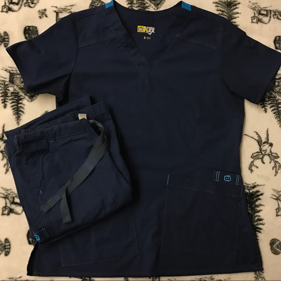 d3a428ce27f WonderWink Tops - WonderWink Flex Scrubs - Top S, Pants XS Tall